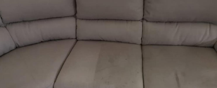 Professional Couch Cleaning Springfield Lakes